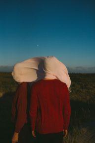 Stefan en Sil; Op Vlieland; foto van David van Dartel