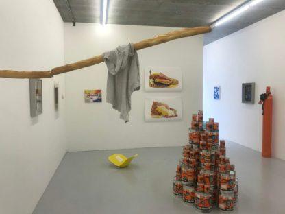 Divers werk in Galerie Martin van Zomeren tijdens de Hazenstraat Biennale