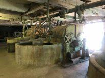 De helft van de papierfabriek is nog in oude staat. Not Quite, Fengersfors, Zweden.