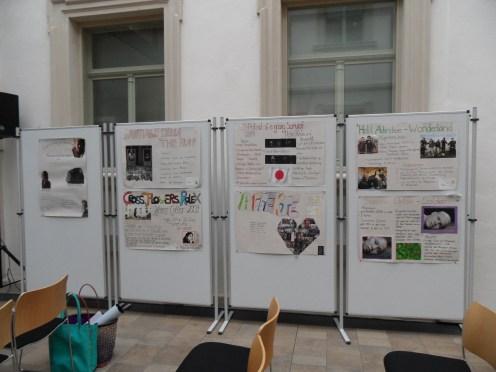 Plakate zu den einzelnen Audiobeiträgen