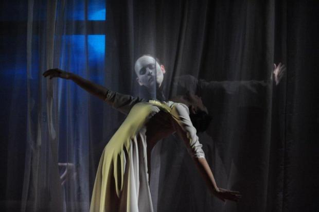 Nosferatu. Ein Nachtstück. | Es spielen: Kathrin Blüchert und Tobias Weishaupt | Fotos: Torsten Biel