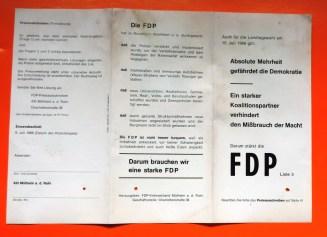 Hauswurfsendung-FDP-Muelheim-Charlottenstr.36_AUSSTELLUNG_Briefkastenfund_Ruhrstr.3_Foto_by_Ivo_Franz