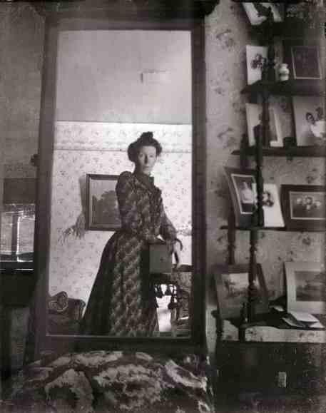 Spiegel-zelfportret met Kodak Brownie camera ±1900