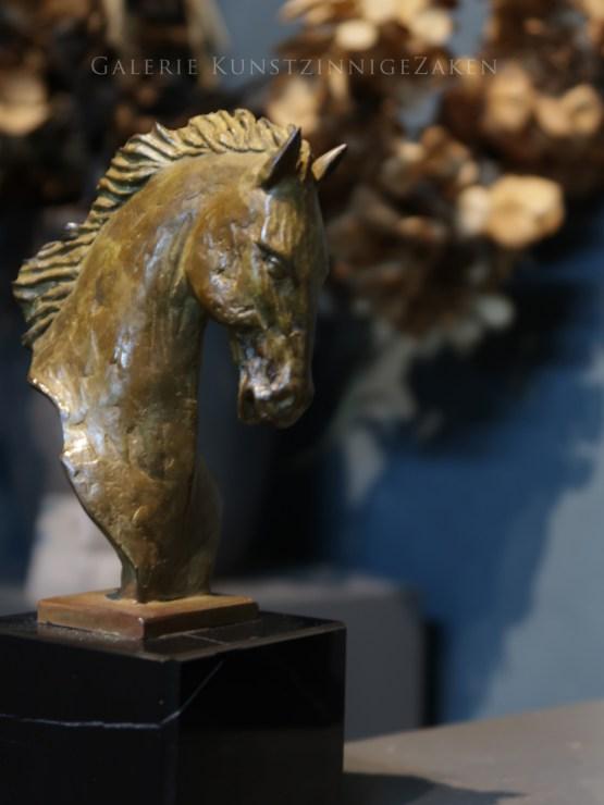 Horse sculpture Fortuna Fortune
