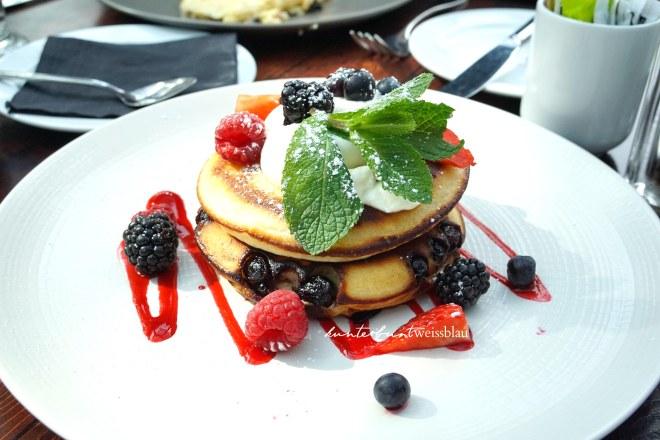 Pancakes_Roast