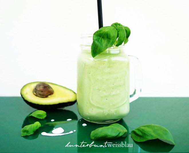 frontal_avocado_basilikum-shake_kbwb