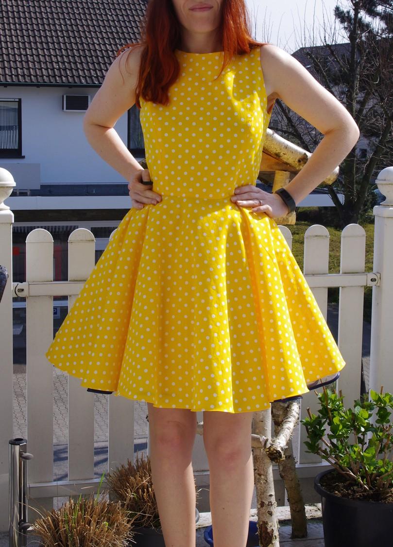 Burda Kleid Petticoat