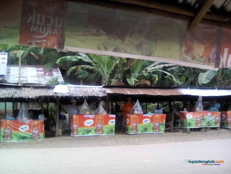 """Yuk Mampir ke Pasar """"Cucur"""" Air Teras Seluma"""