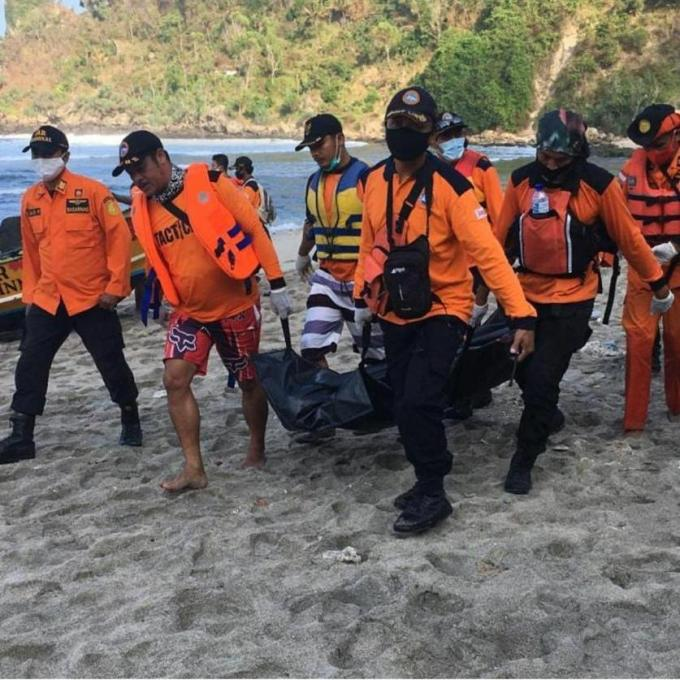 Subari (30) warga Nglipar Lor, Kalurahan Nglipar, Kepanewon Nglipar ditemukan di depan batu Karang Momang