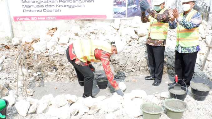 Peletakam Batu Pertama Pembangunan Perpustakaan