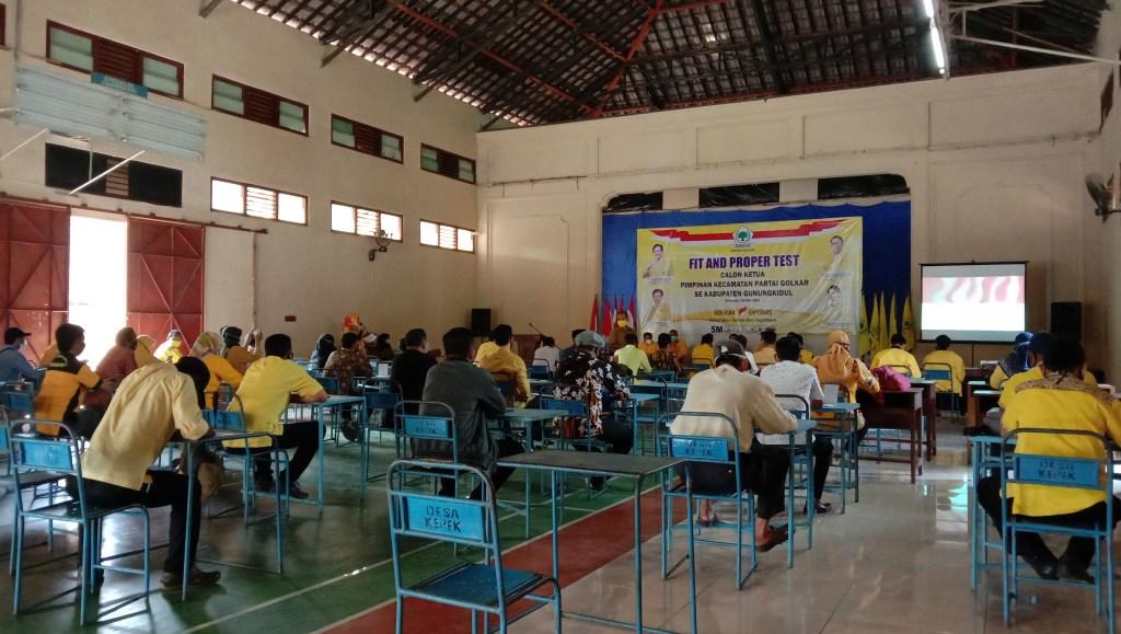 Fit and propertes Calon Ketua Golkar tingkat Kapanewon