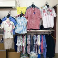 旧作かりゆしが3000円!!ビックリ価格の「沖縄県衣類縫製品工業組合」