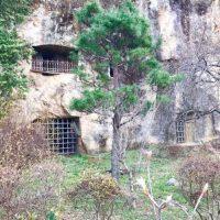 埼玉県の岩窟ホテル