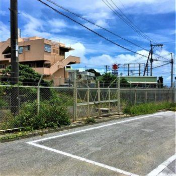 フェンスで囲まれて入れません!読谷村の「イングェーガマ」