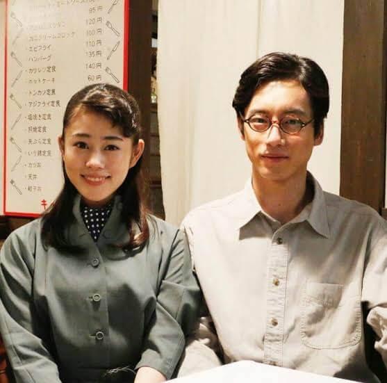 高畑充希さんと坂口健太郎さんの画像