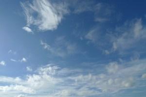 9月の空と雲