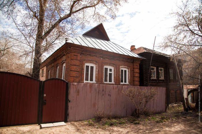 Жилые дома за ТЦ Звездный, улица 1-Заводская, дом 22