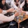 《ヤバイやつ》同級生の家で宅飲みをする女子校生グループ『泥酔状態でヤリまくられ。。。』未成年者なのに膣内射精!