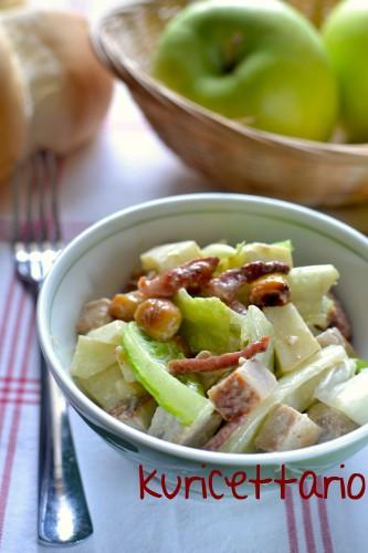 ricetta,ricette,insalata,insalata romana,verdure,speck,bistecca,maiale,yogurt,mele,granny smith,nocciole
