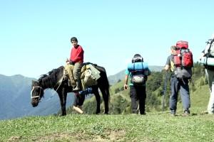 Na szlaku częściej spotykaliśmy wypasających bydło pasterzy, natomiast brakowało tylko większej liczby turystów Fot. Waldemar Szełkowski