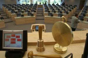 Minister sprawiedliwości apeluje do Sejmu, żeby powstrzymał się z przyjęciem ustawy o pisowni nazwisk do jesieni, kiedy to ma zapaść decyzja Europejskiego Trybunału Sprawiedliwości w sprawie polskich nazwisk na Litwie<br/>Fot. Marian Paluszkiewicz
