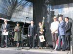 """Uroczyste przemówienia władz miasta Gdańska oraz rejonu wileńskiego podczas festiwalu """"Wilno w Gdańsku""""."""