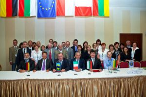 W konwencie, oprócz rejonu wileńskiego, udział wzięli przedstawiciele z Polski, Niemiec, Bułgarii, Włoch.