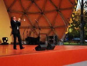 Koncert popularnego wykonawcy zebrał ogromną publiczność