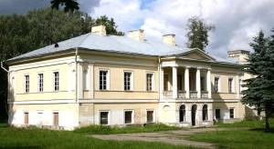 Pałac w Jaszunach  uważany jest za jeden z najważniejszych obiektów turystycznych w rejonie solecznickim
