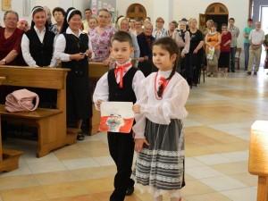 Tak się rozpoczął miesiąc w polskim kościele w Bielcach