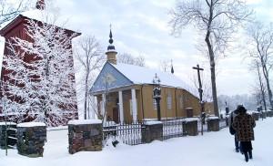 Podbrzezie (Paberžė) — mała miejscowość wielkich jej obywateli — księdza Antoniego Mackiewicza i Ojca Stanisława Fot. Marian Paluszkiewicz