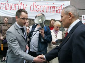 Edward Trusewicz (od lewej) sądzi, że społeczność polska na Litwie jest zorganizowana i aktywna Fot. Marian Paluszkiewicz