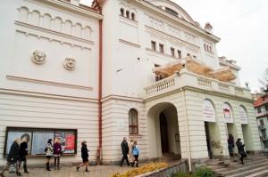 Budynek Teatru na Pohulance powinien należeć do społeczności polskiej w Wilnie Fot. Marian Paluszkiewicz