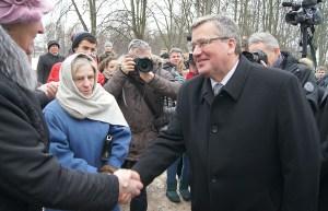Bronisław Komorowski zapewnił, że państwo polskie w dalszym ciągu będzie wspierało funkcjonowanie mniejszości polskiej na Litwie Fot. Marian Paluszkiewicz