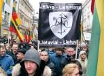 W ubiegłorocznym przemarszu nacjonalistycznym z okazji święta 11 marca wzięło udział około 900 uczestnikówFot. Marian Paluszkiewicz