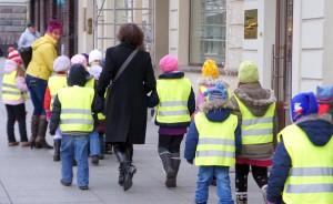 Państwo miesięcznie na osobę mieszkającą w Domu Dziecka przeznacza około 2,5 tys. Lt. Tymczasem rodzina zastępcza otrzymuje 520 Lt<br/>Fot. Marian Paluszkiewicz
