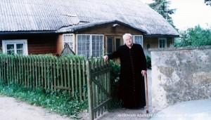 """Życzeniem księdza prałata było, by w jego mieszkaniu, które żartobliwie nazywał """"Pałacykiem"""", powstało Muzeum Kapłanów Wileńszczyzny"""
