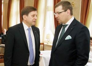 Zdzisław Palewicz (od lewej): nie może być silnego państwa bez rozwiniętych regionów Fot. Marian Paluszkiewicz