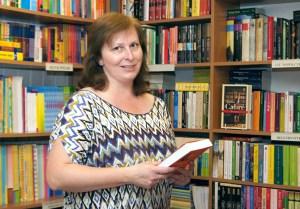 """""""Elephas"""" jako księgarnia zaczął funkcjonować w maju 1998 r. — powiedziała Dorota Łatkowska                        Fot. Marian Paluszkiewicz"""