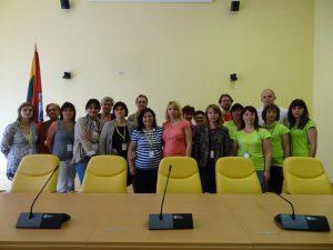 Tego samego dnia odwiedziliśmy Samorząd rejonu wileńskiego, gdzie zostaliśmy powitani przez Kierownik Wydziału Oświaty  Lilię  Andruszkiewicz  i zastępcę dyrektora Administracji Roberta Komarowskiego