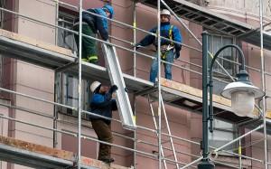 Wreszcie udało się rozpocząć drugi etap renowacji bloków mieszkaniowych Fot. Marian Paluszkiewicz