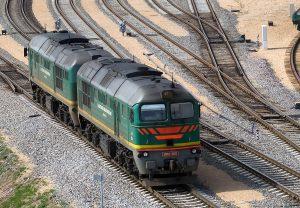 Pociągi są wydajną i szybką formą transportu ładukków jak wewnątrz tak i zewnącz krajów Fot. Marian Paluszkiewicz