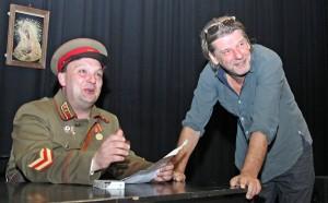 ławomir Gaudyn (od prawej) i Edward Kiejzik podczas repetycji Fot. Marian Paluszkiewicz