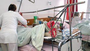 Publiczne szpitale nadal toną w długach Fot. Marian Paluszkiewicz
