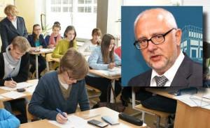 Ratując swoje stanowisko minister oświaty zasłania się dziećmi polskich szkół<br/>Fot. Marian Paluszkiewicz