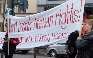 Przestrzeganie praw mniejszości narodowych, również w zakresie ich praw majątkowych od ponad 20 lat pozostaje ułomnością litewskich władz i wymiaru sprawiedliwości                          For. Marian Paluszkiewicz