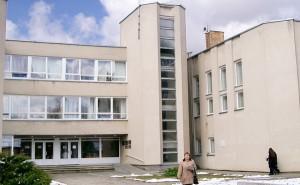 Radni samorządu rejonu trockiego nie dali pozwolenia na akredytację dla polskiej Szkoły Średniej w Trokach     Fot. Marian Paluszkiewicz