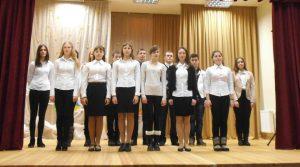 Uczniowie zaprezentowali nowym przyjaciołom koncert, podczas którego brzmiały wesołe piosenki i wiersze
