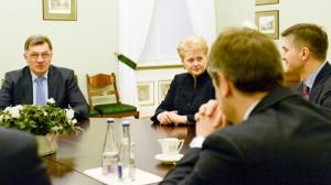 """Prezydent Dalia Grybauskaitė ocenia, że optymizm ws. porozumienia z """"Gazpromem"""" jest przesadny, bo Rosjanom nie można wierzyć na słowo  Fot. ELTA"""