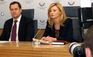 Waldemar Tomaszewski i Rita Tamašunienė mówili o przyszłych wezwaniach podczas tegorocznych wyborów prezydenckich Fot. Marian Paluszkiewicz